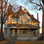 house, retro house, vintage house, old cottage house, single family house, Victorian style house, architecture photo, free stock photos, free images, royalty-free image