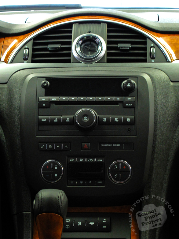 Buick's dashboard, dashboard, car, automobile, free foto, free photo, picture, image, free images download, stock photography, stock images, royalty-free image
