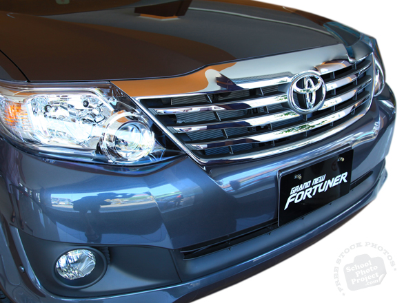 car bumper, car hood, headlight, Toyota Fortuner, Toyota SW4, SUV, free foto, free photo, stock photos, picture, image, free images download, stock photography, stock images, royalty-free image