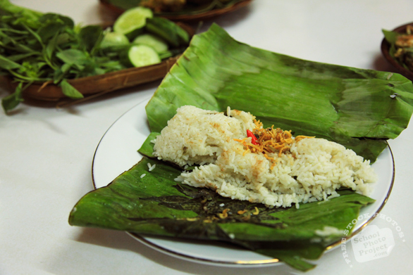 steamed rice, nasi pepes, banana leaves wrapped rice, sundanese food, Indonesian local food, food photo, free stock photo, free picture, royalty-free image