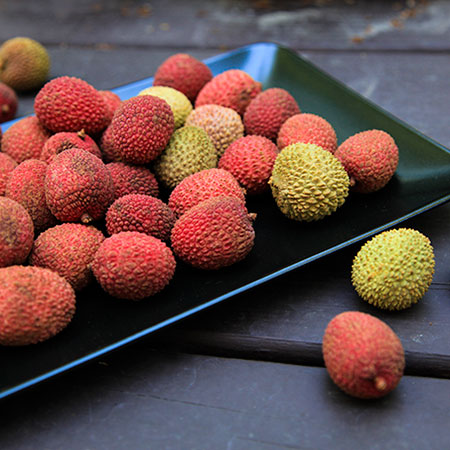 lychee, lychee on plate, lychee picture, free photo, royalty-free image