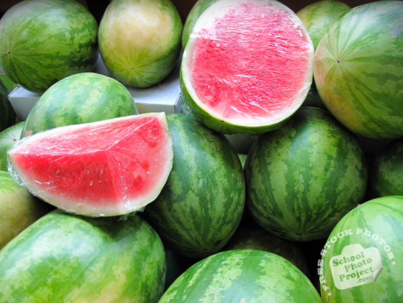 watermelon, sliced watermelon, cut watermelon, picture of cut watermelon, fruit photo, free images, stock photos, stock images, royalty-free image