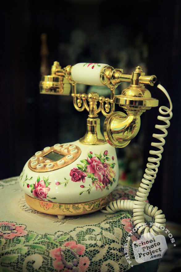 antique phone, colonial style, landline telephone, fixed phone, daily objects, free stock photo, picture, free images download, stock photography, royalty-free image