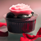 rose, cupcake, rose petals, Valentine's Day, seasonal picture, holidays celebration, free stock photo, free picture, stock photography, royalty-free image