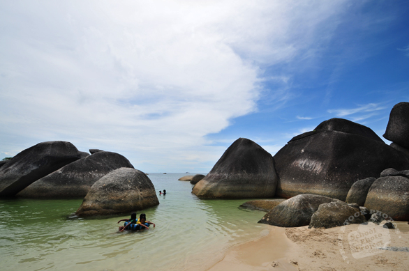 Belitung, Belitong, pulau Belitung, Belitung islands, Belitung beach, Bangka Belitung, kepulauan Bangka-Belitung, Indonesia, sandy beach, coconut trees, palm trees, boulders, rock, seascape, sea side, travel photo, free photo, stock photo, stock photography, royalty-free image