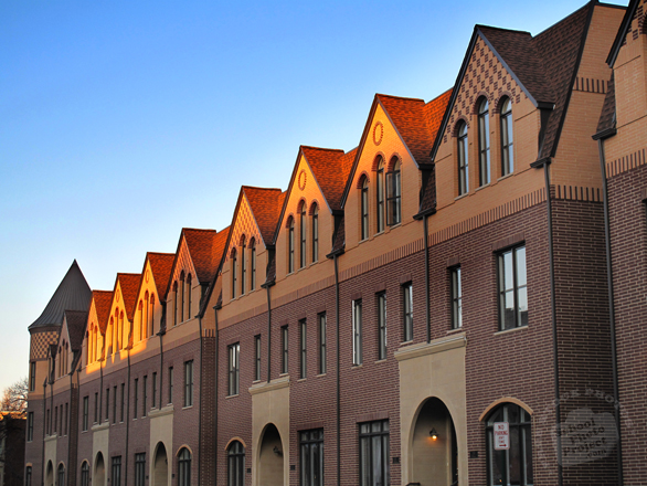 townhouses, houses, housing market, apartments, condos, condominiums, rental apartments, architecture photo, building, free stock photos, free images, royalty-free image