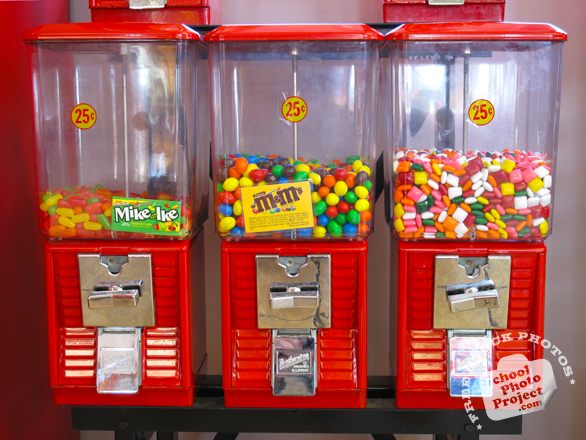 bubblegum, gums, M&Ms, Jelly Beans, chewing gums, candy stand, candy, food, free foto, free photo, picture, image, free images download, stock photography, stock images, royalty-free image