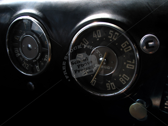 antique car, dashboard, speedometer, car, auto, automobile, transportation photos, free foto, free photo, picture, image, free images download, stock photography, stock images, royalty-free image