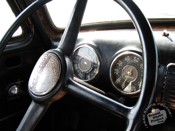 antique car, steering wheel, car, auto, automobile, free foto, free photo, picture, image, free images download, stock photography, stock images, royalty-free image
