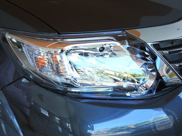 headlight, front light, Toyota Fortuner, Toyota SW4, SUV, free foto, free photo, stock photos, picture, image, free images download, stock photography, stock images, royalty-free image