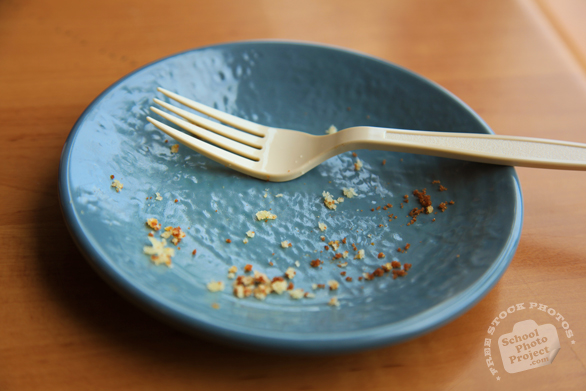 empty plate, plastic fork, cake crumbs, free stock photo, free picture, royalty-free image