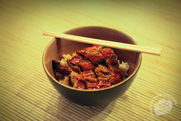 unagi don, unadon, eel bowl, food box, chopstick, Japanese food, traditional food, food photos, tatami, free photo, stock photo, free picture, stock images, royalty-free image