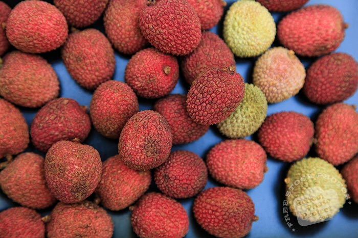 red lychee, ripe lychees, picture of lychees, fresh lychee, fruit photo, free stock photo, stock photography, royalty-free image