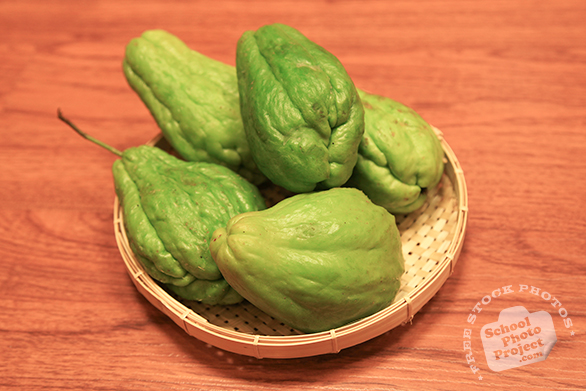 chayote, labu siam, merleton, chuchu, vegetable, fresh veggie, vegetable photo, free stock photo, free picture, stock photography, royalty-free image